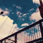 【高解像度】錆び付いた古い街灯と空(3パターン)