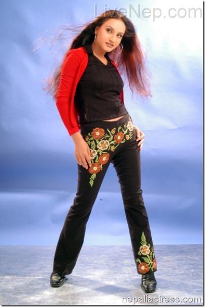 Bipana_Thapa_actress (2)