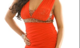 rajani-KC-red-hot-pose.jpg