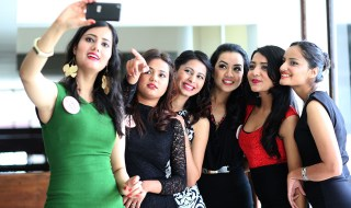 Miss-Nepal-2015-Contestants-selfie
