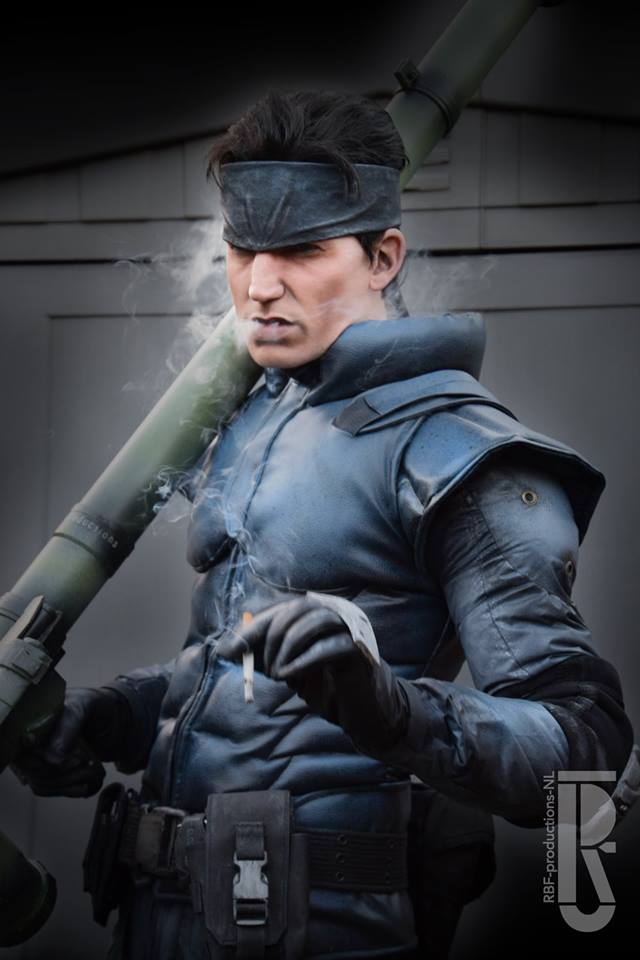 Grey Cute Wallpaper Metal Gear Solid S Solid Snake Brought To Life Cosplay