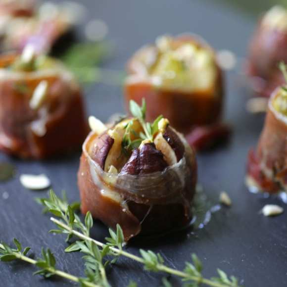 Roasted Figs with Bleu Cheese and Serrano Ham
