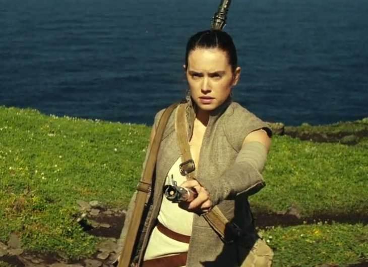 star-wars-rey-saber
