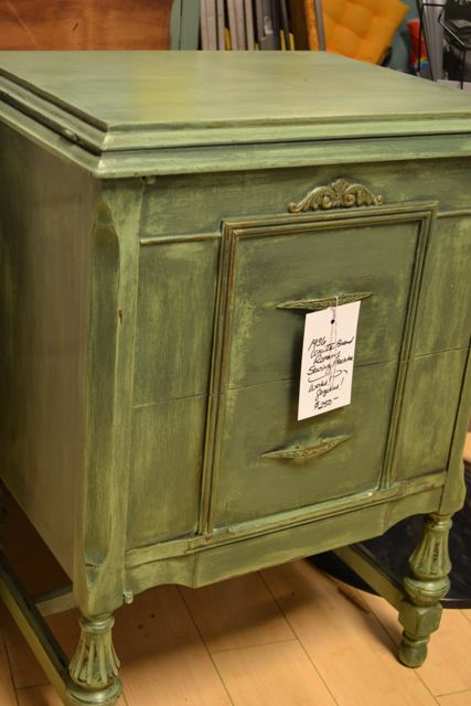 Furniture painters in Chicago, Brookfield, Hinsdale, La Grange, Riverside, Oak Park, IL