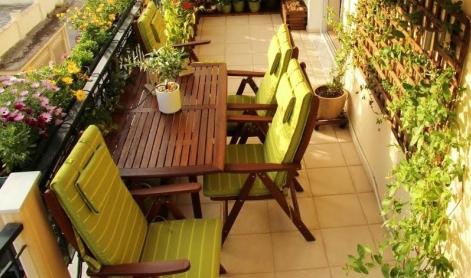 Kleine Balkone \ Terrassen gemütlich gestalten - nettetippsde - kleine terrasse gestalten