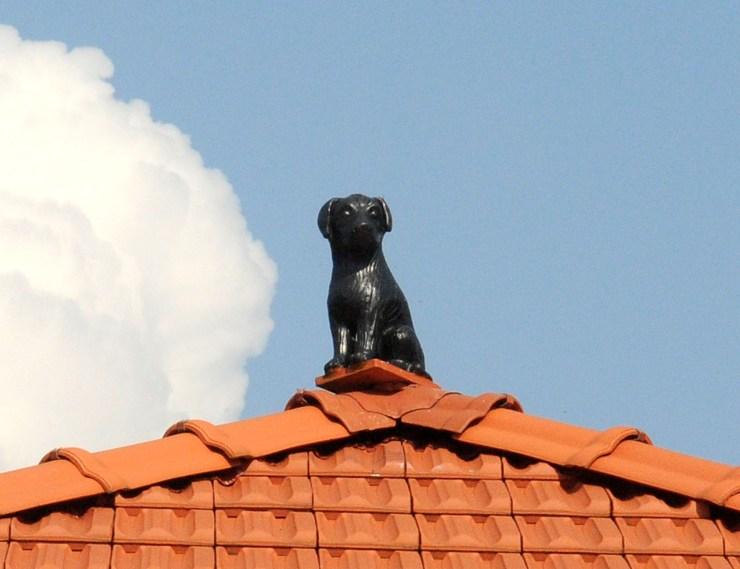 Dachfigur Hund