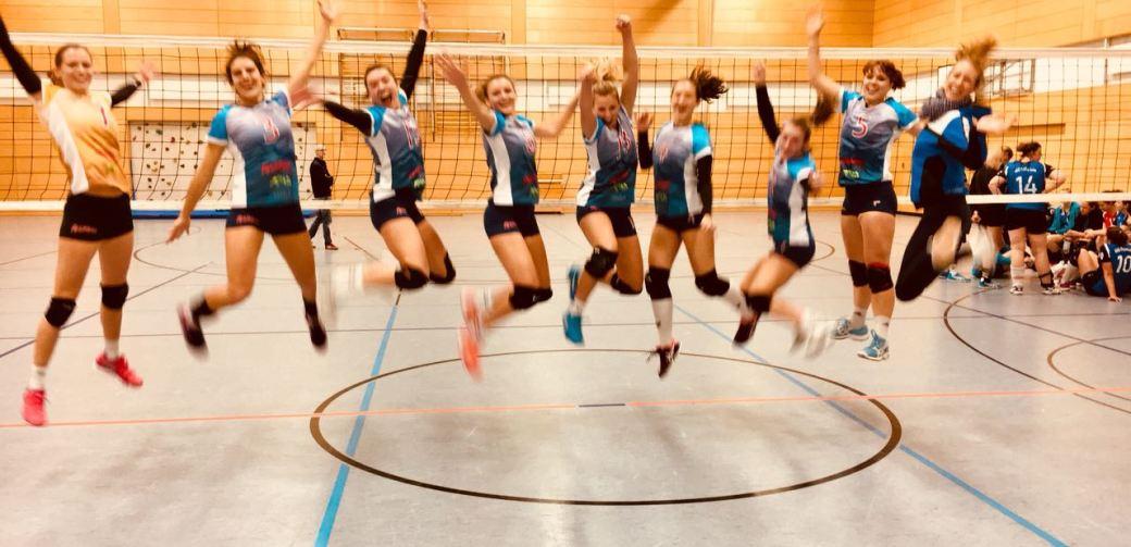 USC Damen freuen sich über den nächsten Auswärtssieg
