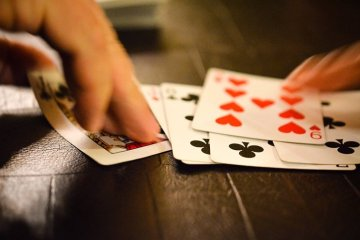 Photo of playing cards.