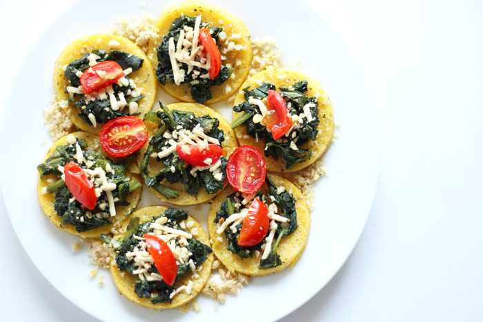 Mini Spinach Polenta Cheese Pizzas Vegan - NeuroticMommy
