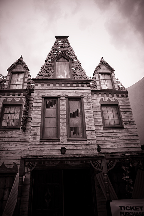 Reign of Terror Haunted House