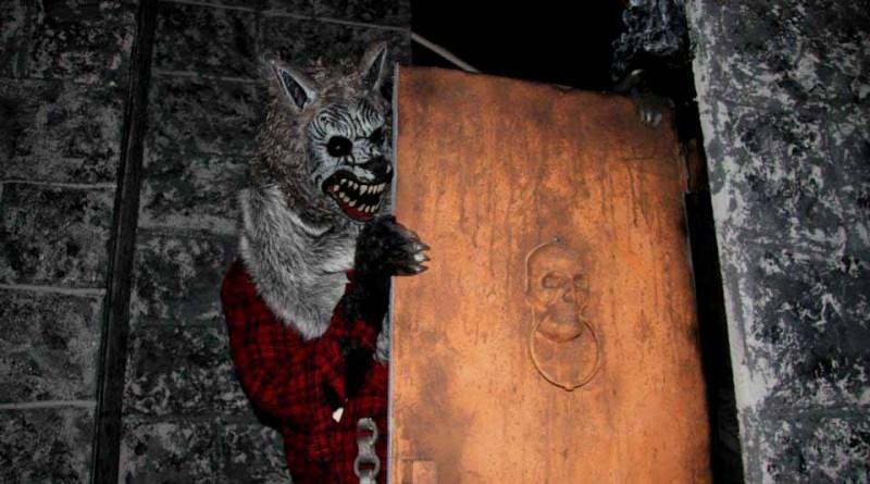 A werewolf lurks behind the door of the Dark Realm.