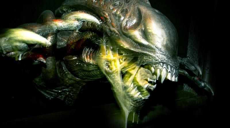 Halloween Horror Nights 2014: Alien in Alien vs Predator