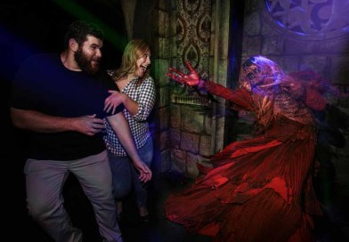 Video: Crimson Peak at HHN 2015
