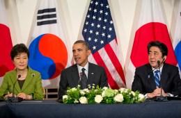 Barack Obama, Shinzo Abe, Park Geun-hye