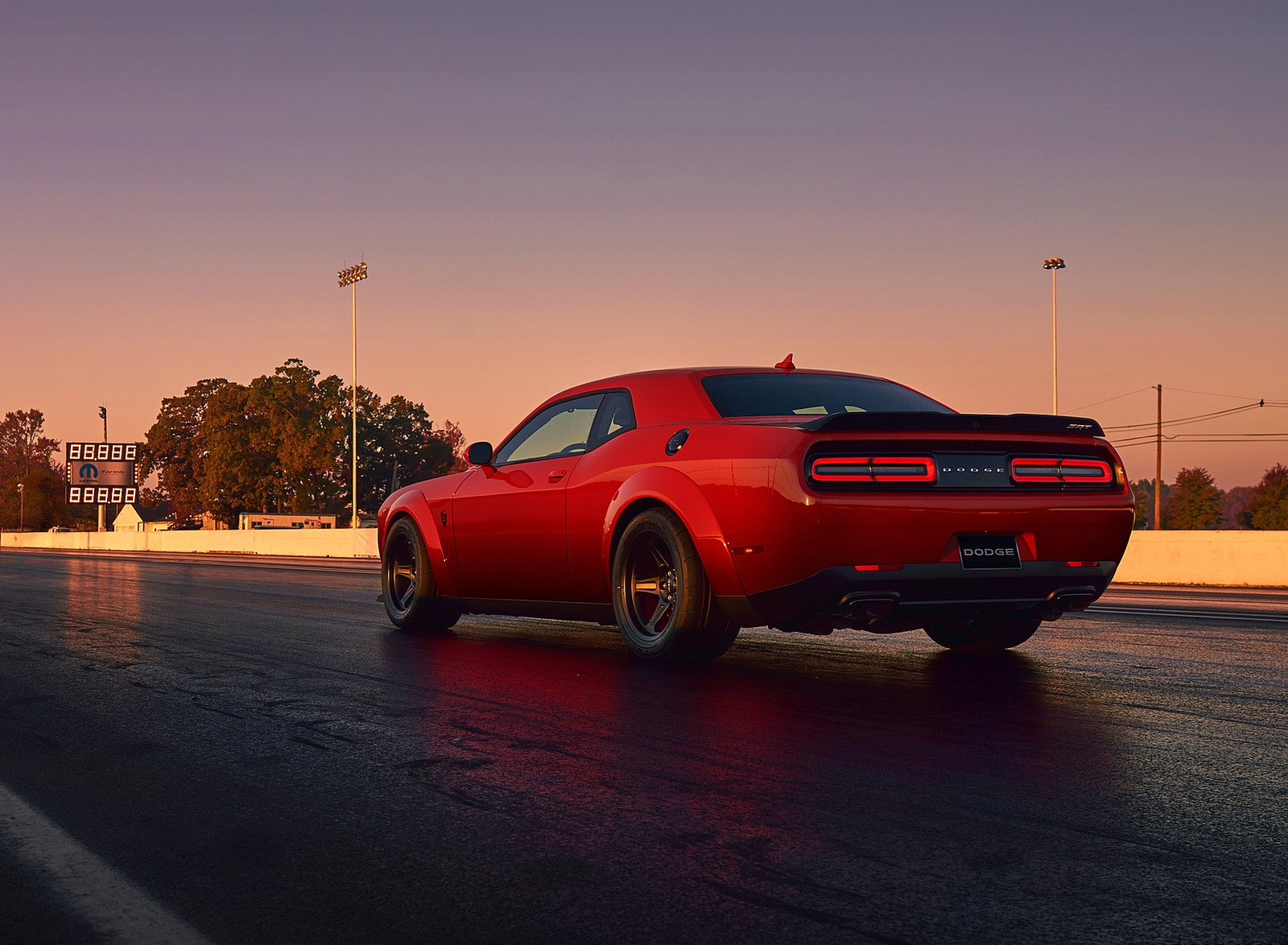 Challenger Hd Wallpaper 2018 Dodge Challenger Srt Demon Rear Three Quarter Wallpaper 41