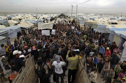 慈善資源能否真的幫助到難民,也是個疑問。 圖片來源:第一財經