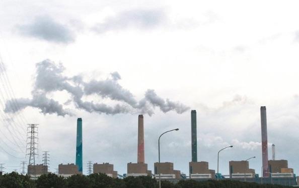 台中燃煤的火力發電廠。 圖片來源:經濟日報