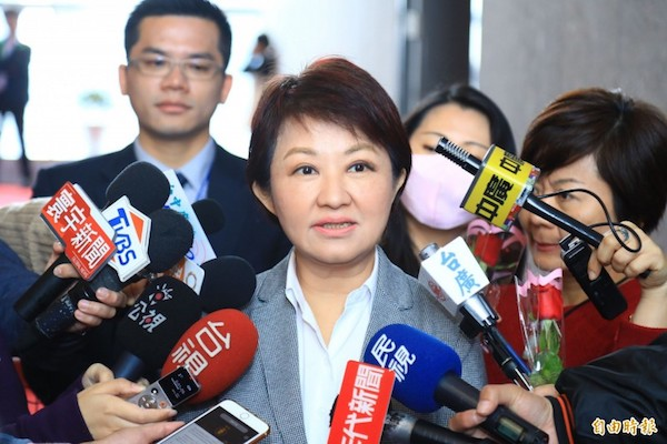 盧秀燕要蔡英文解決台中空污。 圖片來源:自由時報