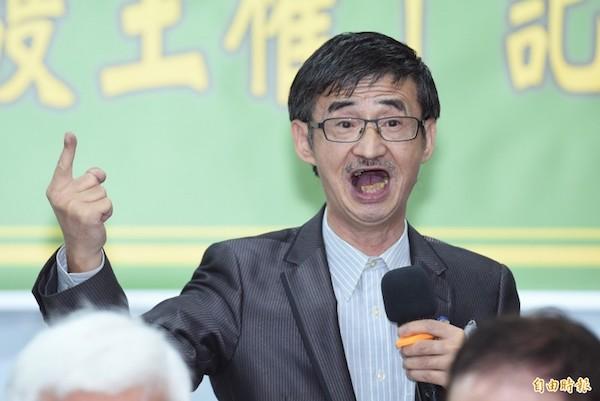 吳祥輝辱罵蔡英文「政治蕩婦」惹議。 圖片來源:自由時報