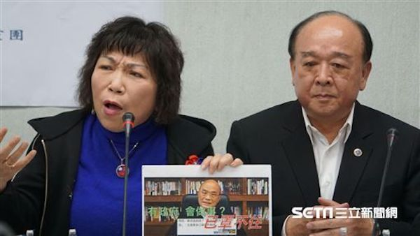 吳斯懷、葉毓蘭等國民黨立委不斷秀下限。 圖片來源:三立新聞