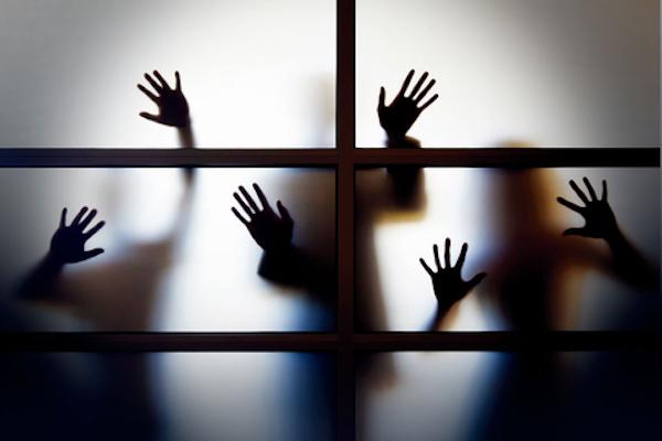 精神障礙病患犯罪總讓社會陷入紛爭。 圖片來源:財新網