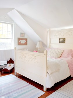 Sturdy Walls Sunny Art House New Hampshire Artist Lauren Decatur New England Today Surrounded By Walls Gems 2007 Furnishings Give Bedroom A Bright Gems Clue Scroll Surrounded By Walls