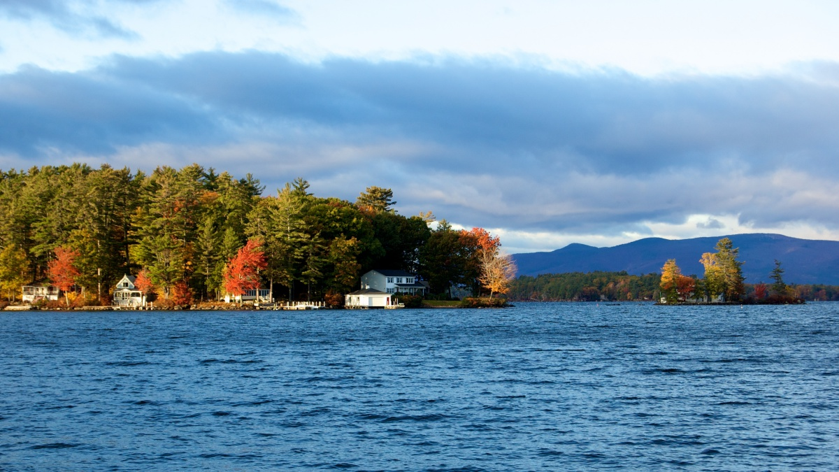 Fall In Maine Wallpaper Guide To Lake Winnipesaukee Eat Stay Amp Play New