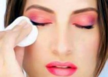 Best Tips For Eyes Makeup Removal