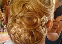 Women Hairstyles for Christmas 2013 & Happy New Year 2014