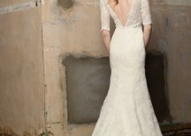 Whitened Lace Wedding Ceremony Gowns with Sleeves and Wide open Back (6)