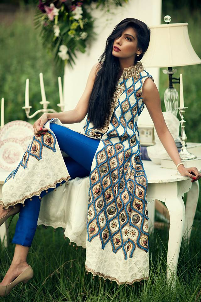 Females High Class Lovely Clothes 2014 By Sana Salman (1)
