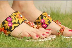 Triangles Eid ul Azha Shoes Design 2015 for Women (2)