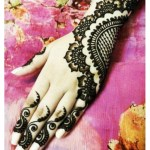 Easy and stylish MEHNDI DESIGNS for girls