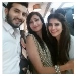 Syra Yousuf and Shahroz Sabzwari Home Pictures (2)