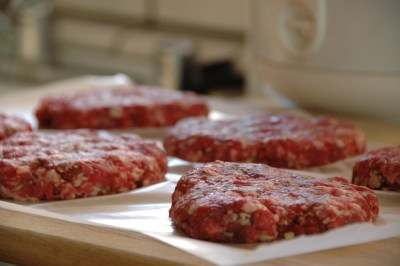 130,000 pounds of ground beef recalled due to deadly E. coli outbreak