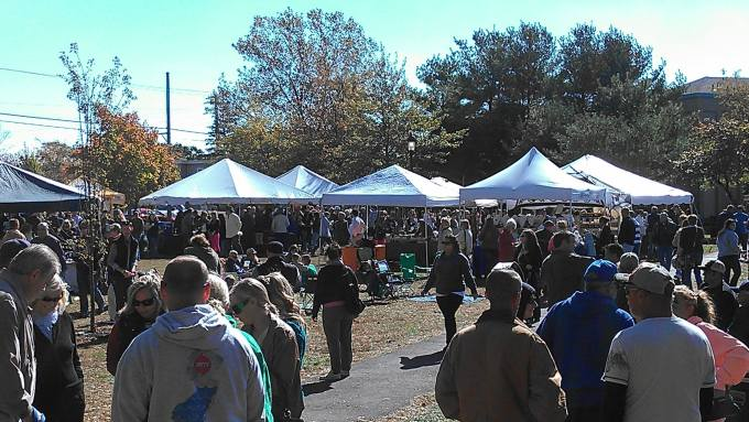 new jersey wine events - stafford fall wine festival