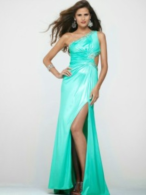 Beautiful Prom and Wedding Dresses