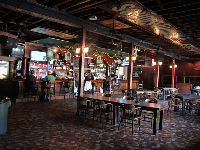 Grill Online The Boot | New Orleans | Nightlife Venue