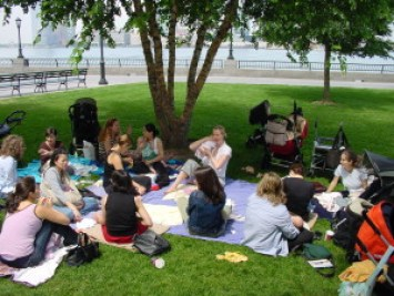 Mamma's Journey Support Group in Battery Park