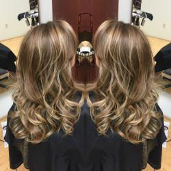 Blonde, Hair Salon, Hair Color, Hair cut, Hightlights, Balayage, Newport Beach, Orange County, Hair Stylist, Costa Mesa, Irvine, Hair Style, Blow dry, Color Correction