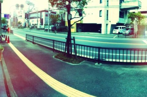 AutoStitch Panorama Instagram風エフェクト
