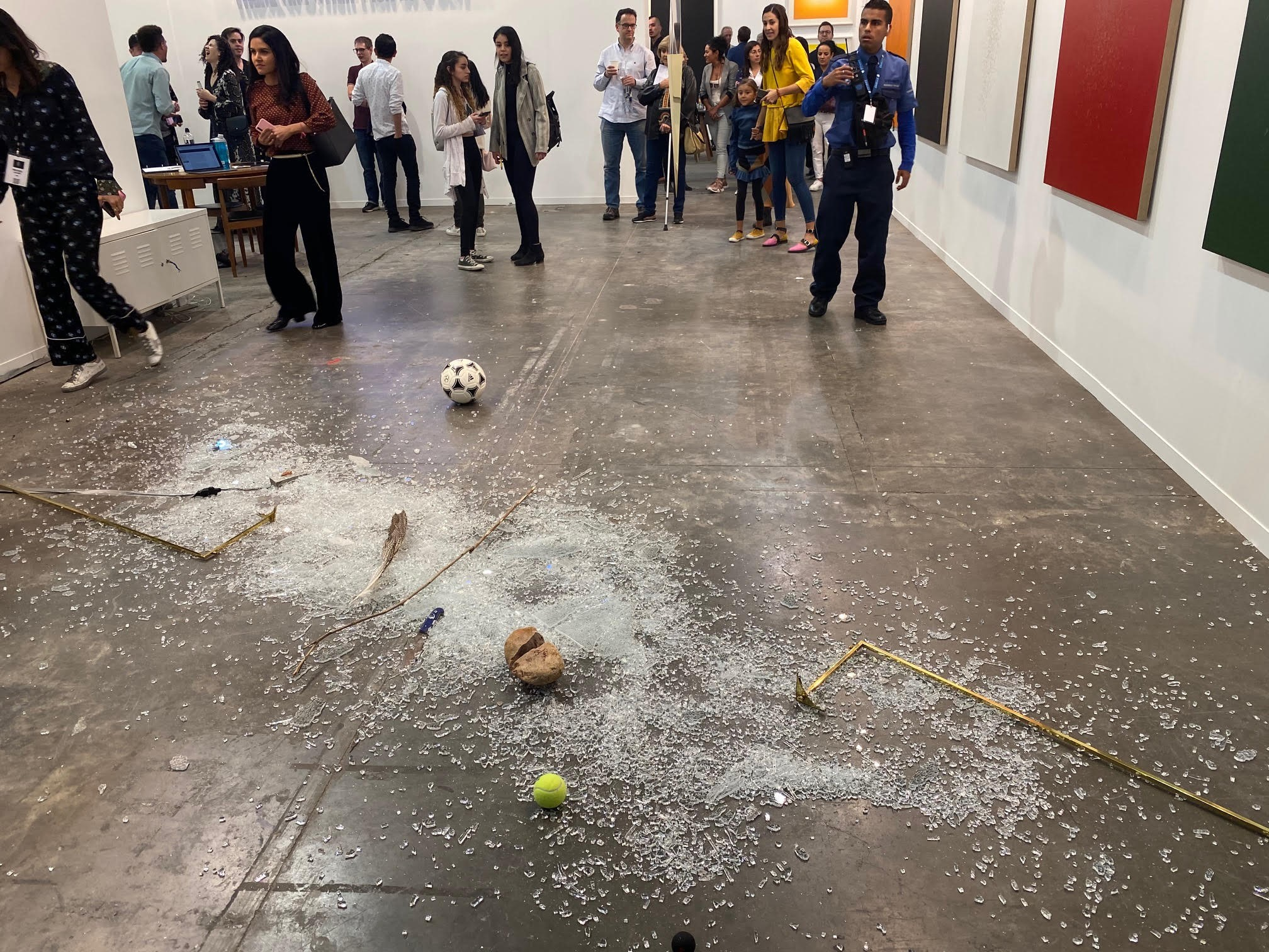 An Art Critic Accidentally Shattered A 19 000 Glass Sculpture At The Zona Maco Fair With A Wayward Can Of Coke Artnet News