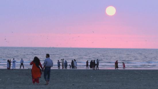 Sunset in Karachi on 1 December 2014