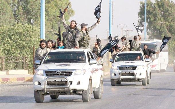 سيارات تويوتا كيف تصل الي داعش؟