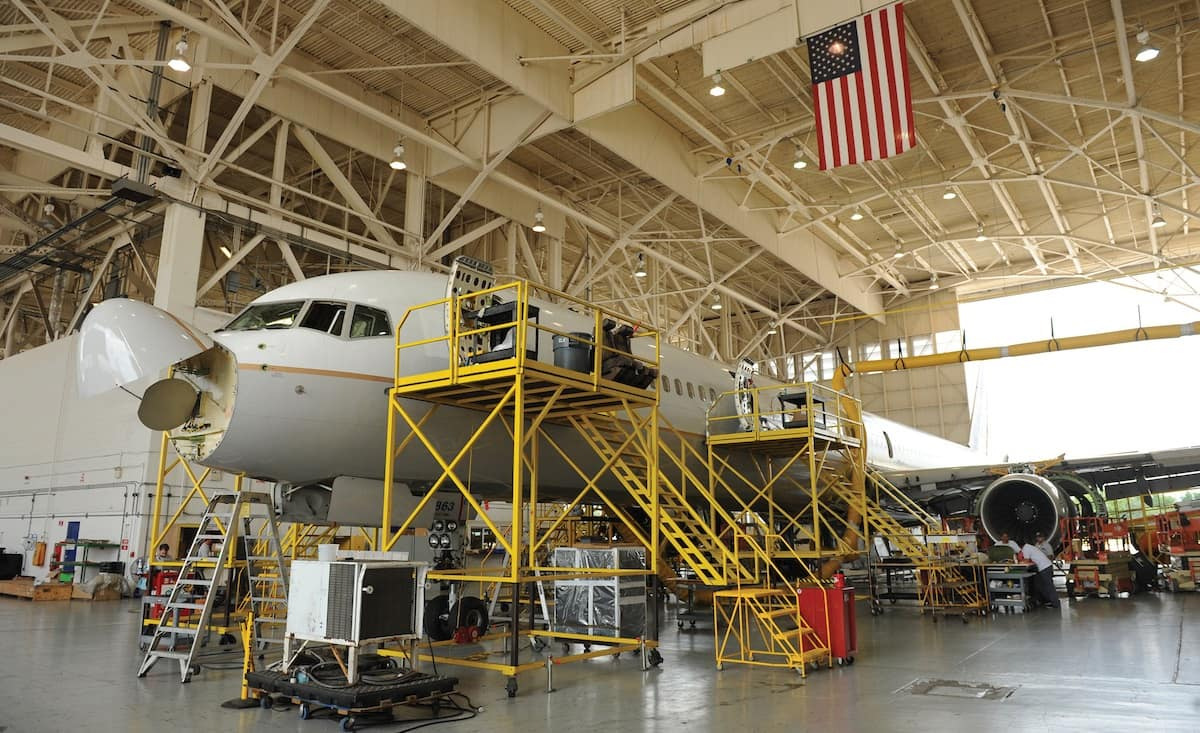 Airplane Maintenance Trending In Aviation Aircraft Maintenance 20 Embry Riddle