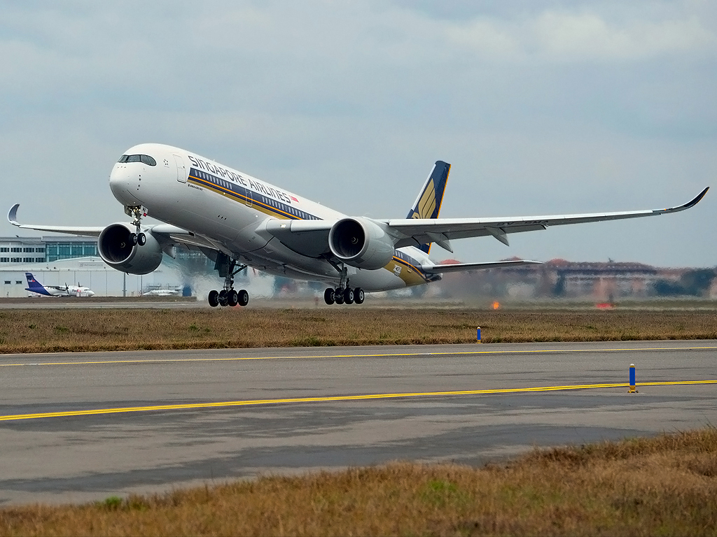 Amsterdam Naar Singapore Singapore Airlines A350 Goes Long Haul To Amsterdam Gtp Headlines