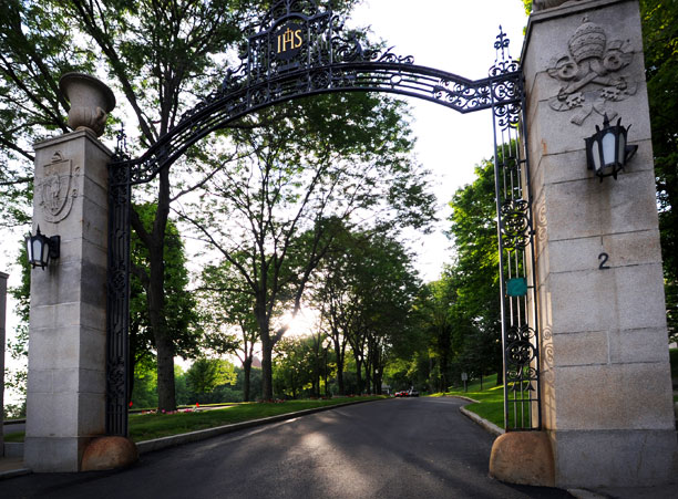 Welcome Fall Wallpaper Holy Cross To Welcome Class Of 2015 On Aug 27 College