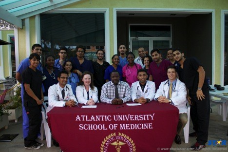 Atlantic University School of Medicine (AUSOM) students at one of their monthly free health clinics.