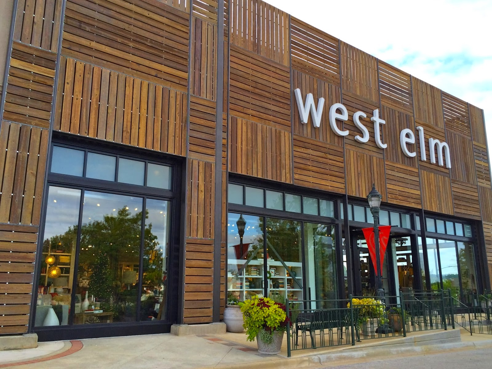 Furniture Warehouse Birmingham West Elm Opens Store In Bellevue The Registry