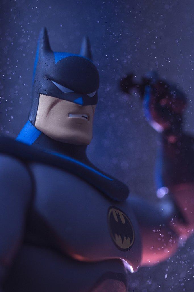 Batman The Animated Series 1/6 Scale Figure by Mondo - The Toyark - News